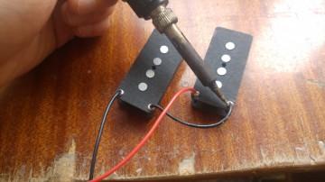 Creazione E Riparazione Pickup Per Chitarre E Bassi