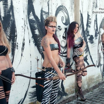 Foto band emergente Dolls Revolution