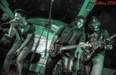 Foto band emergente ABSOLUTE