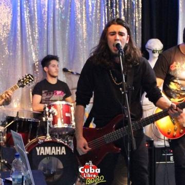 Foto band emergente Infills Chain