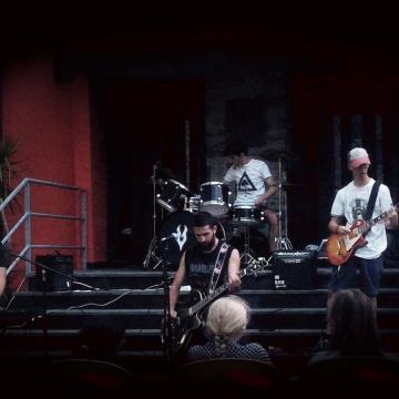 Foto band emergente Reborn