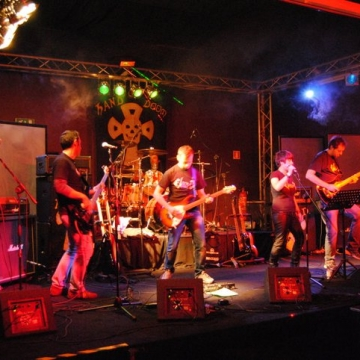 Foto band emergente Ekzema