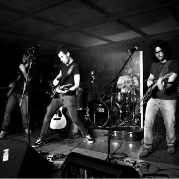 Foto band emergente Ehrenaim