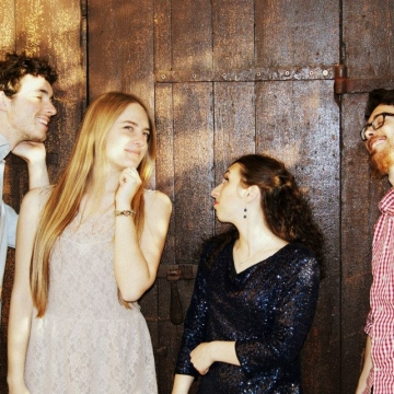 Foto band emergente Backlight